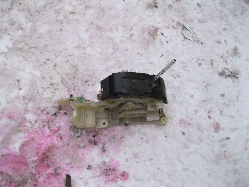 Селектор акпп Hyundai Solaris 1 SB G4FA 2010 (б/у) 467004L301