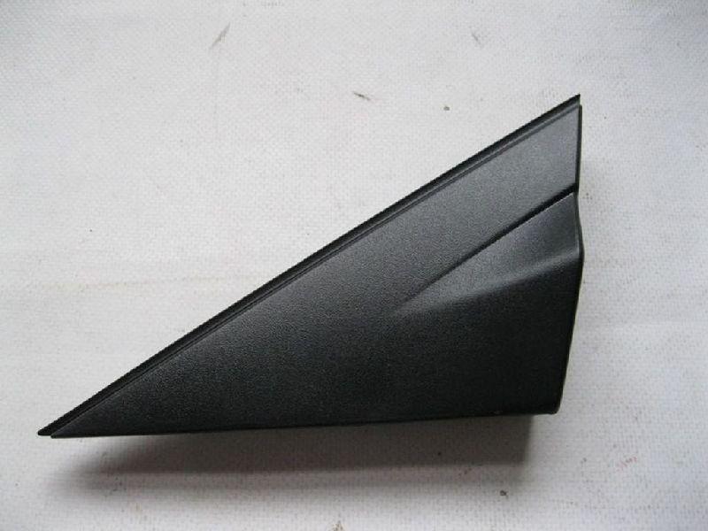 Молдинг зеркала треугольный Hyundai Solaris 1 SB G4FA 2010 левый 861801R000