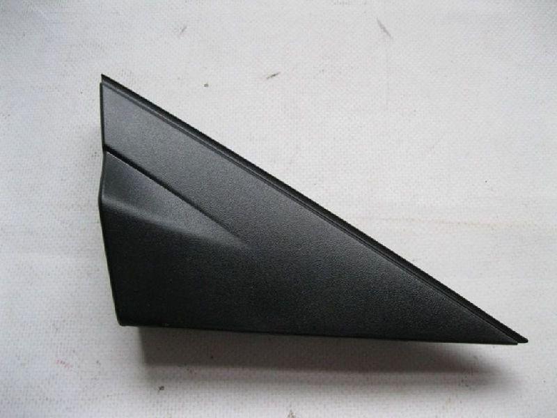 Молдинг зеркала треугольный Hyundai Solaris 1 SB G4FA 2010 правый 861901R000