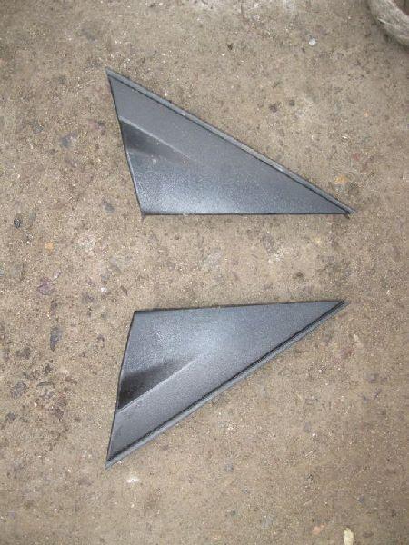 Молдинг зеркала треугольный Hyundai Solaris 1 SB G4FA 2010 правый (б/у) 861901R000