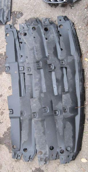 Накладка замка капота Hyundai Solaris 1 SB G4FA 2010 2011 2012 2013 2014 (б/у) 863521R000