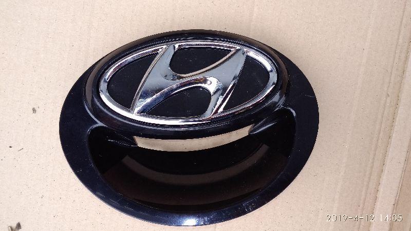 Ручка открывания крышки багажника Hyundai Solaris 1 SB G4FA 2010 (б/у) 817201R200