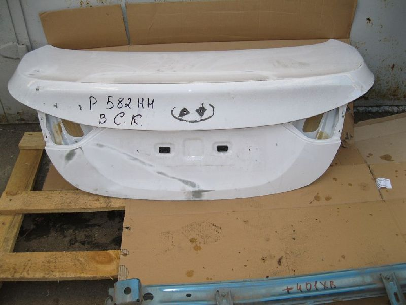Крышка багажника Hyundai Sonata 6 YF 2.0 2009 2010 2011 2012 2013 2014 задняя (б/у) 69200C1020