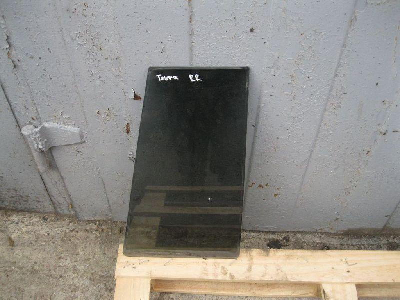 Стекло двери задней Hyundai Terracan EF 2.5TD 2003 2004 2005 2006 (б/у) 83945H1030