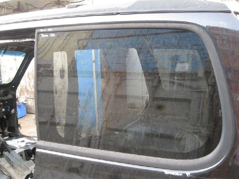 Стекло кузова Hyundai Terracan EF 2.5TD 2003 2004 2005 2006 (б/у) 87870H1030