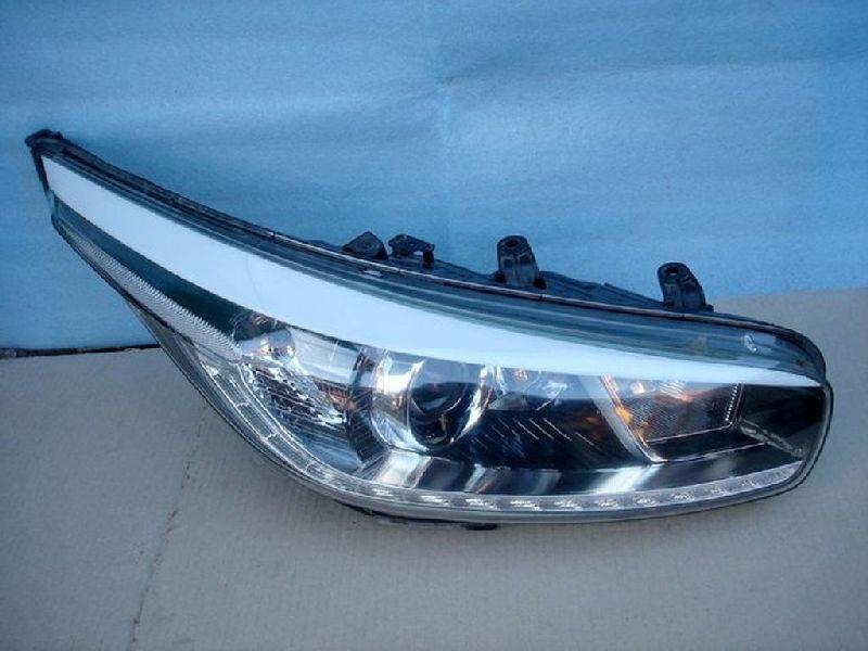 Фара Kia Ceed A2 1.4 2012 передняя правая (б/у) 92102A2220FFF