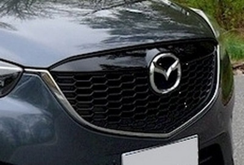 Окантовка решетки радиатора Mazda Cx-5 KE 2.0 2011 (б/у)