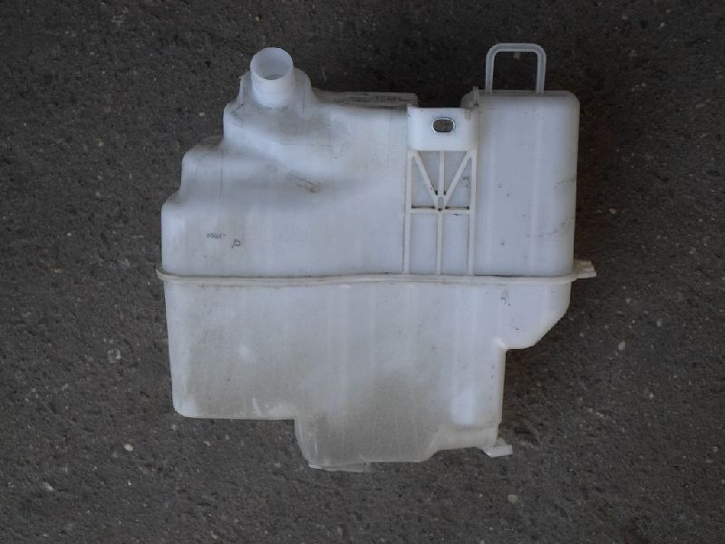 Бачок омывателя Mazda Mazda 6 GJ 1.8 2013 (б/у) GHR167481