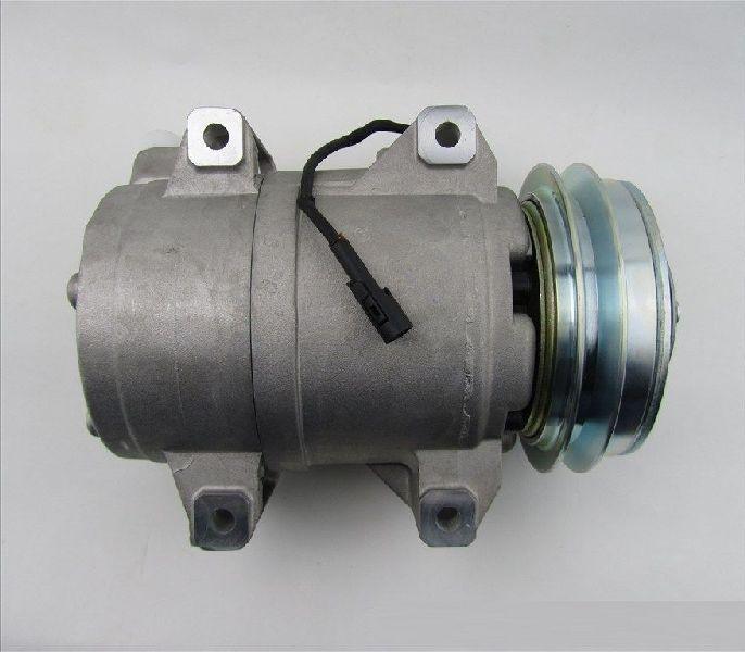 Компрессор кондиционера Mitsubishi L200 2005- KB4T 4D56 2005 7813A105