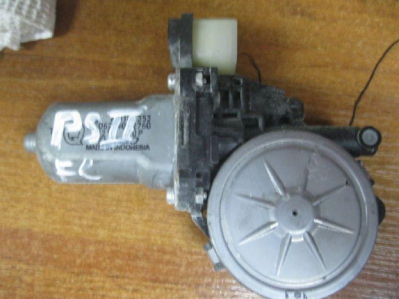 Мотор стеклоподъемника Mitsubishi L200 2005- KB4T 4D56 2005 (б/у) MN182353