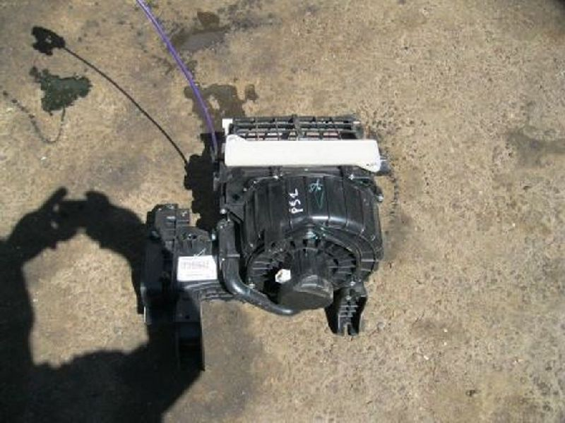 Отопитель салона Mitsubishi L200 2005- KB4T 4D56 2005 (б/у) 7802A197