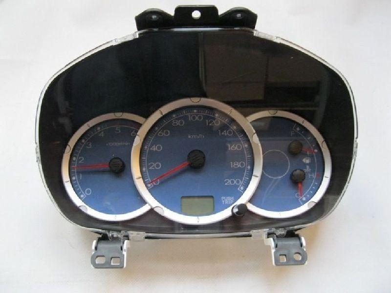Щиток приборов Mitsubishi L200 2005- KB4T 4D56 2005 8100A523