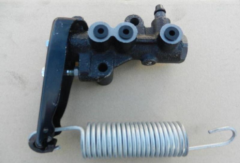 - Mitsubishi L200 1995-2005 K62T 4G63 1995 MB618321