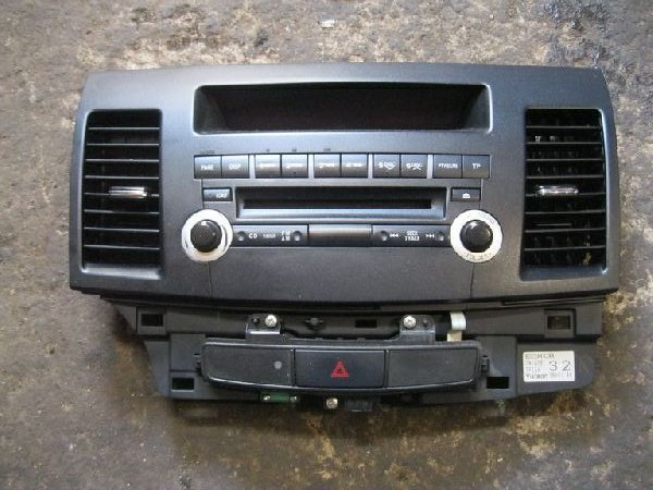 Магнитола Mitsubishi Lancer 10 CY1A 4A91 2007 (б/у) 8002A492XA