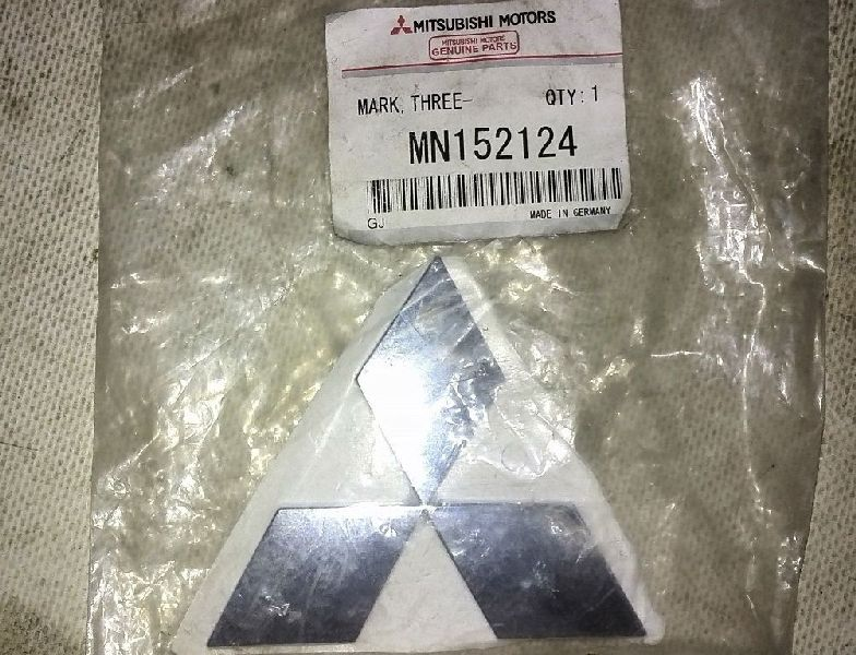 Эмблема Mitsubishi Lancer 9 CS1A 4G13 2000 2001 2002 2003 2004 2005 2006 2007 2008 2009 2010 2011 MN152124