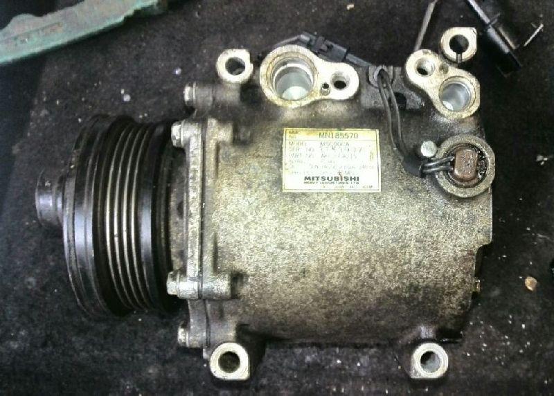 Компрессор кондиционера Mitsubishi Lancer 9 CS1A 4G13 2000 2001 2002 2003 2004 2005 2006 2007 2008 2009 2010 2011 (б/у) MN185570