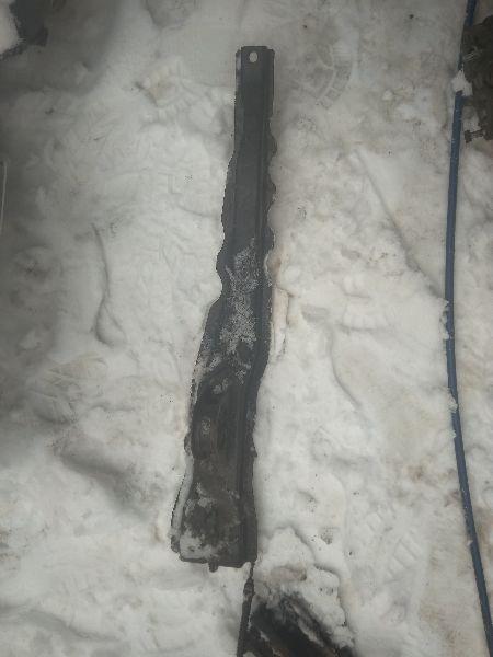 Балка двс лыжа продольная Mitsubishi Lancer 9 CS1A 4G13 2000 2001 2002 2003 2004 2005 2006 2007 2008 2009 2010 2011 (б/у) MR589558