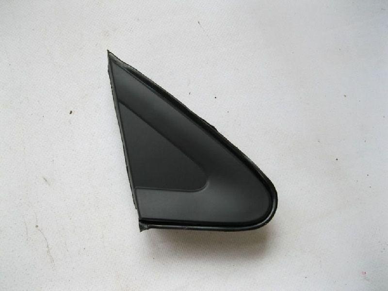 Молдинг зеркала треугольный Mitsubishi Lancer 9 CS1A 4G13 2000 2001 2002 2003 2004 2005 2006 2007 2008 2009 2010 2011  (б/у) MR462052