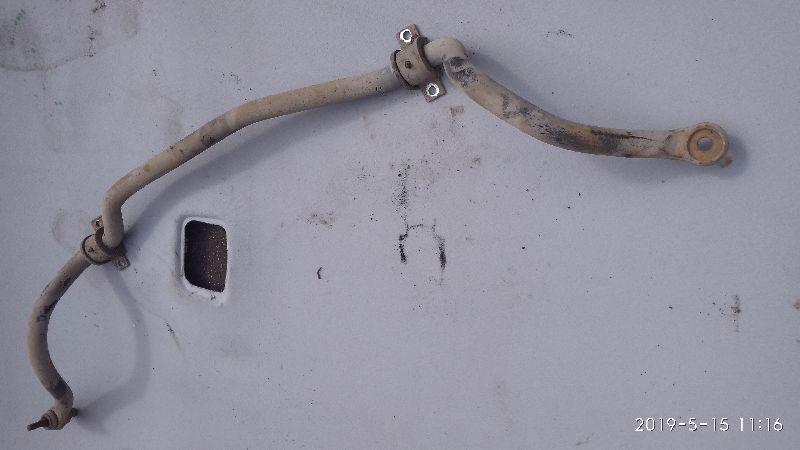 Стабилизатор поперечной устойчивости Mitsubishi Lancer 9 CS1A 4G13 2000 2001 2002 2003 2004 2005 2006 2007 (б/у) MN101581