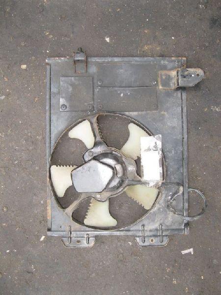 Диффузор радиатора кондицианера Mitsubishi Outlander 1 CU2W 4G63 2003 (б/у) 7812A115