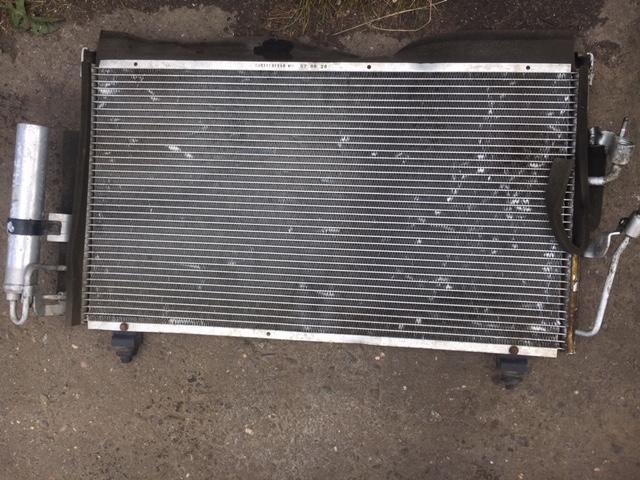 Радиатор кондиционера Mitsubishi Outlander 1 CU2W 4G63 2003 (б/у) MR958462