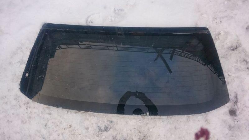 Стекло крышки багажника Mitsubishi Outlander 1 CU2W 4G63 2003 заднее (б/у) MR379441
