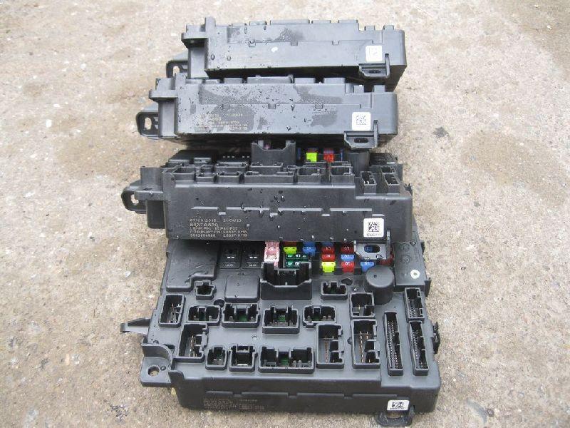 Блок предохранителей Mitsubishi Outlander 3 GF2W 4B10 2012 (б/у) 8637A890