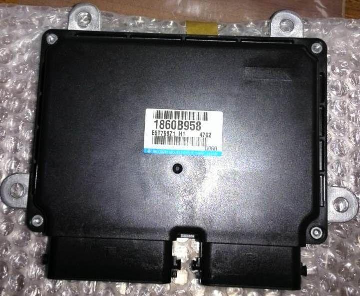 Блок управления двигателем Mitsubishi Outlander 3 GF3W 4B12 2012 1860B958