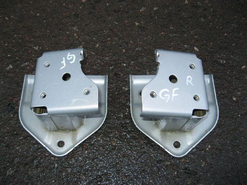 Усилитель бампера Mitsubishi Outlander 3 GF2W 4B10 2012 задний правый (б/у) 6410B896