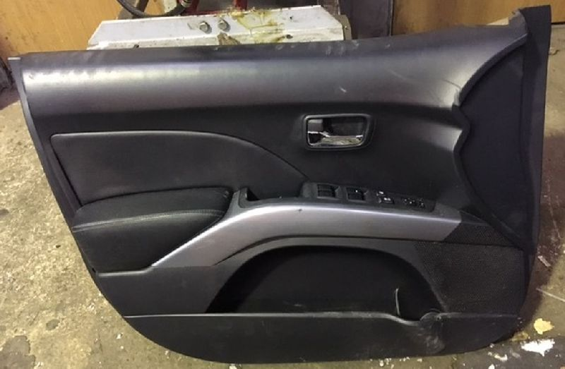 Обшивка двери Mitsubishi Outlander Xl CW1W 4B11 2006 2007 2008 2009 2010 2011 2012 передняя левая (б/у) 7221A649XA