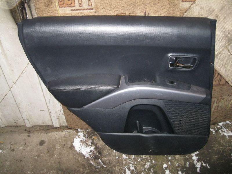 Обшивка двери Mitsubishi Outlander Xl CW1W 4B11 2006 2007 2008 2009 2010 2011 2012 задняя левая (б/у) 7222A353XA