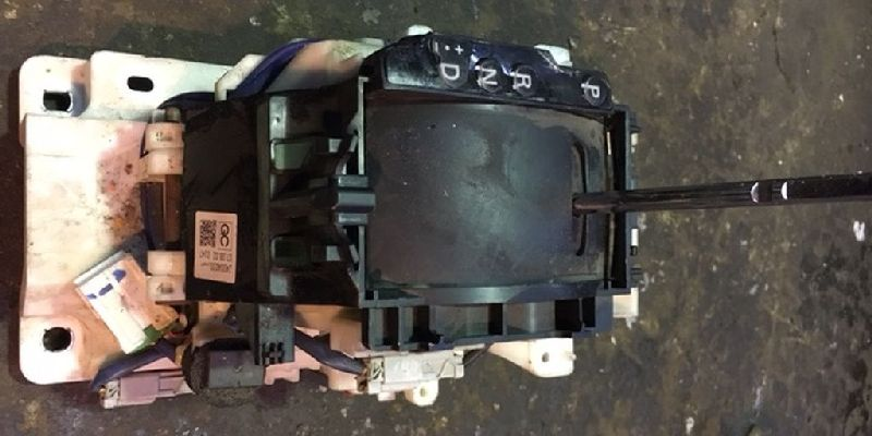Селектор акпп Mitsubishi Outlander Xl CW1W 4B11 2006 2007 2008 2009 2010 2011 2012 (б/у) 2400A030