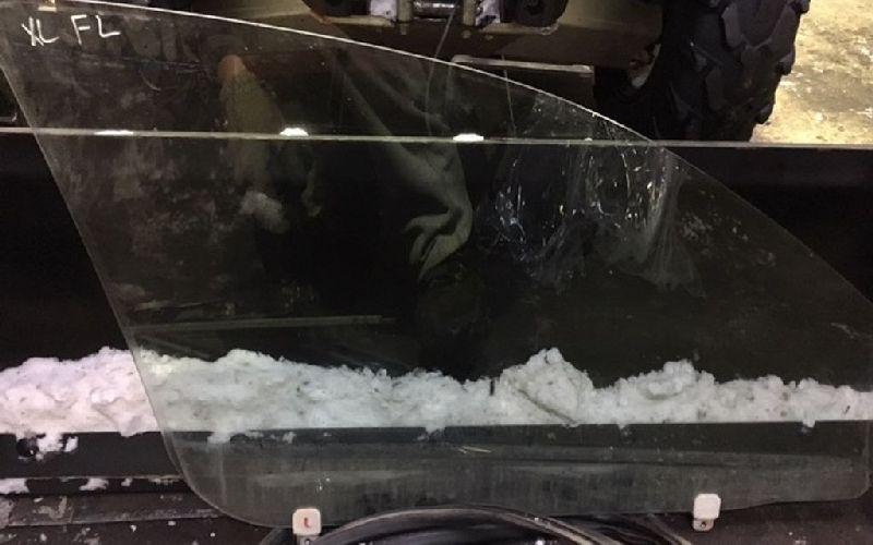Стекло двери переднее Mitsubishi Outlander Xl CW1W 4B11 2006 2007 2008 2009 2010 2011 2012 переднее левое (б/у) 5706A007
