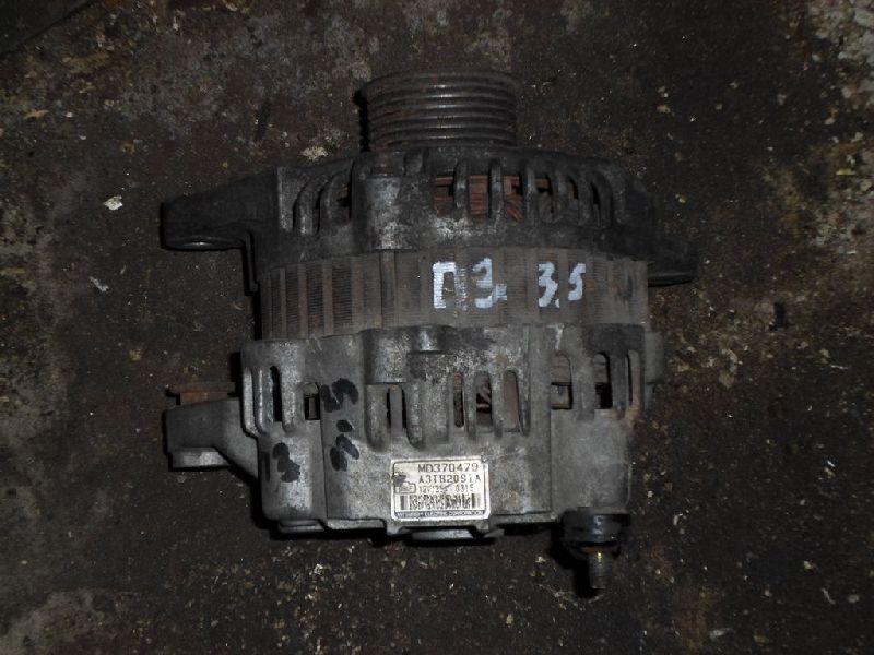 Генератор Mitsubishi Pajero 3 V64W 4D56 2000 (б/у) MD370479