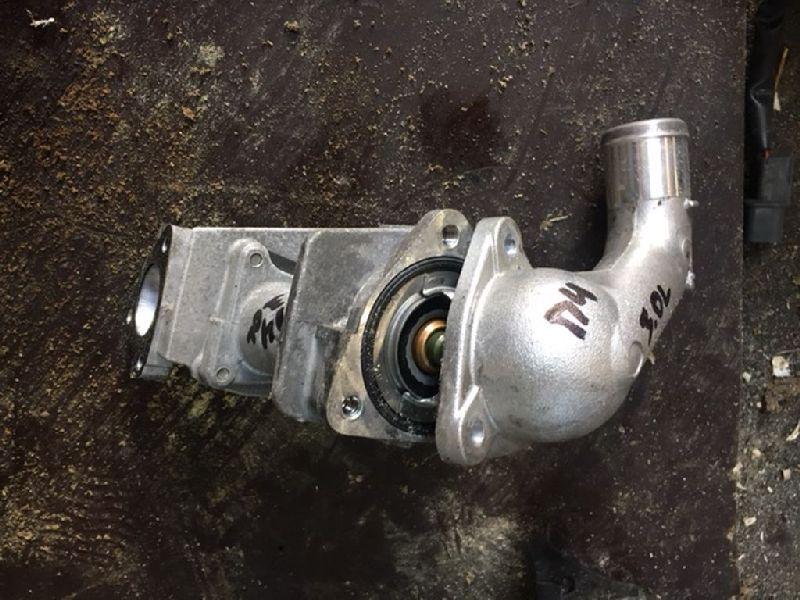 Термостат Mitsubishi Pajero 4 V87W 4M41 2006 (б/у) MD367657