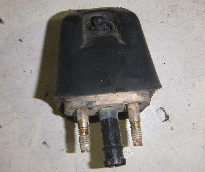 Форсунка омывателя фар Mitsubishi Pajero Sport 1 K97W 4D56 1998 (б/у) MR495054