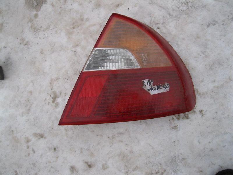Фонарь в крыло Mitsubishi Lancer 6 задний правый (б/у) MR414134T