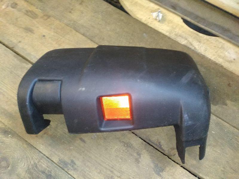 Бампер задний Fiat Универсальные задний правый (б/у) 130413601