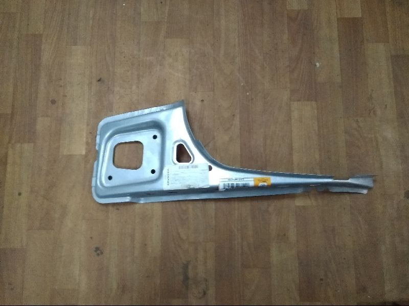 Панель кузова задняя металл Skoda Octavia 1Z9813486
