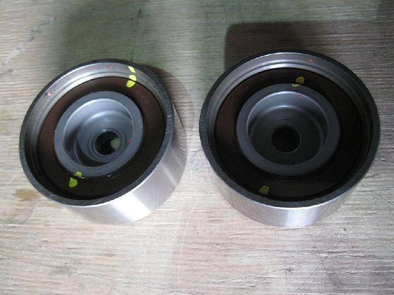 Ролик натяжной Mitsubishi L200 2005- KB4T 4D56 2005 1145A078
