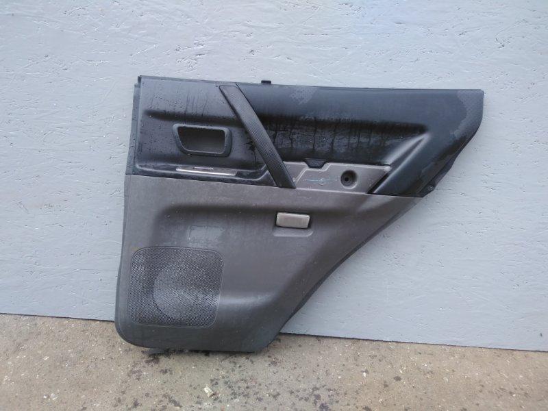 Обшивка двери Mitsubishi Pajero 3 V78W 3.2D 2003 2004 2005 2006 задняя правая (б/у) 7222A080XA