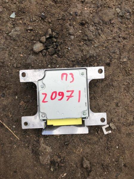 Блок управления аирбаг Mitsubishi Pajero 3 V78W 3.2D 2003 2004 2005 2006 (б/у) MR551784