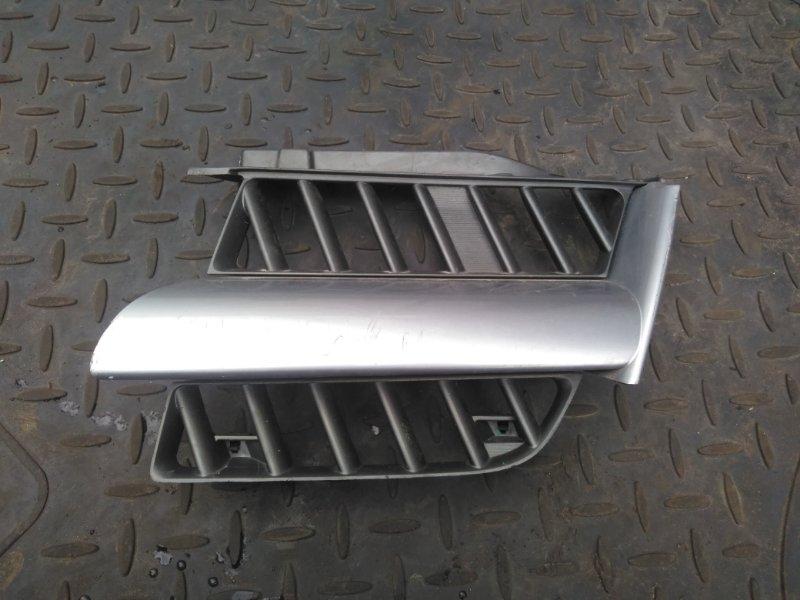 Решетка радиатора Mitsubishi Outlander 1 CU5W 4G69 2004 левая (б/у) 7450A057HB