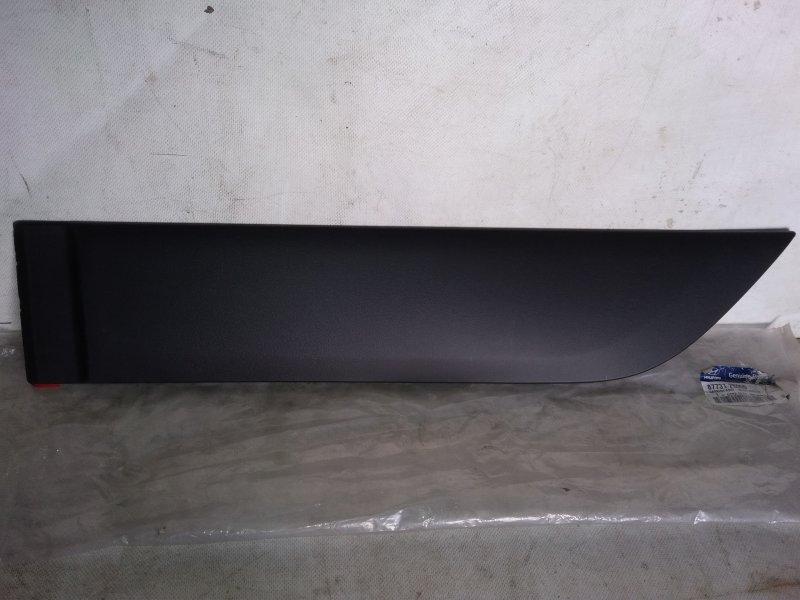 Молдинг на дверь Hyundai Ix-35 задний левый (б/у) 877312S000