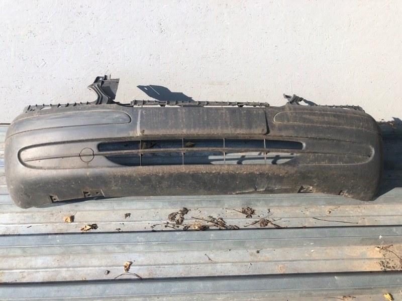 Бампер передний Mercedes Vito 639 2003 передний (б/у) A639880507002