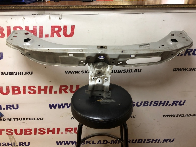 Суппорт радиатора Mitsubishi Outlander Xl CW1W 4B10 2007 (б/у) 5256A611