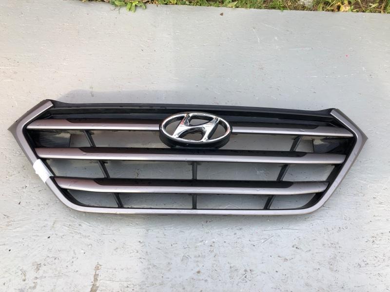 Решетка радиатора Hyundai Tucson D7 (б/у) 86351D7000