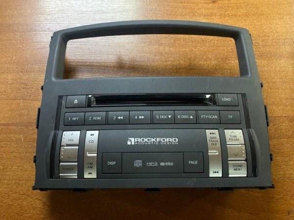 Магнитола Mitsubishi Pajero 4 V98W 3.0 2007 (б/у) 8002A423XA