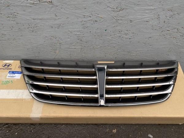 Решетка радиатора Hyundai Genesis BH 3.8 2009 (б/у) 863503N700