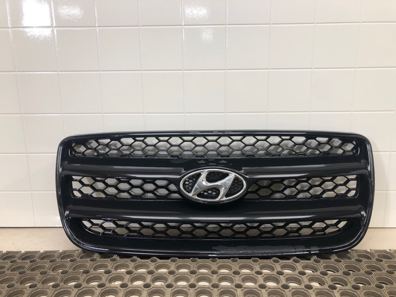 Решетка радиатора Hyundai Santa Fe 2 BM 2.0TD 2006 2007 2008 2009 2010 2011 2012 (б/у) 865612B000